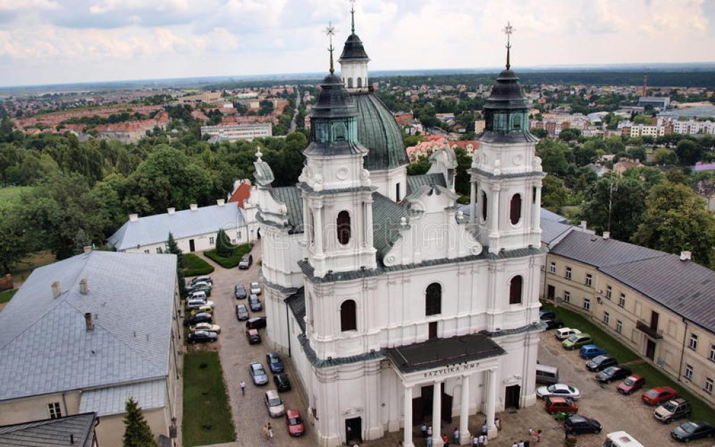 basilica-nativity-virgin-mary-chelm-poland-23437522